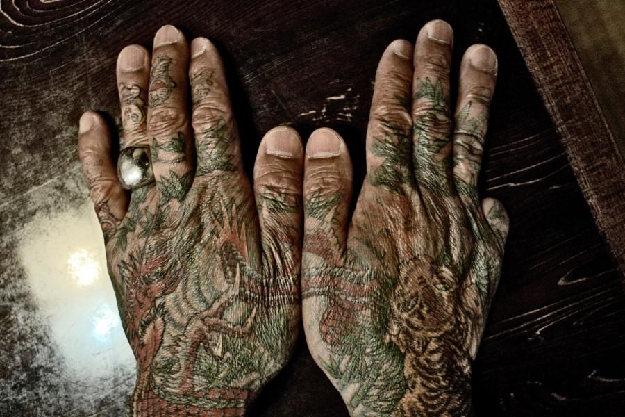 yakuza-hands