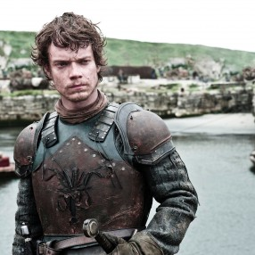 theon-greyjoy-alfie-allen-helen-sloan high res